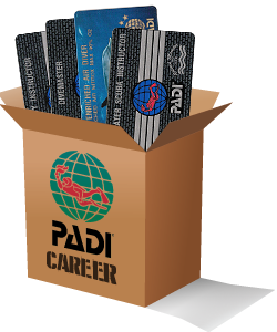 Build your Emergency First Responder Instructor PADI diving career with our package builder image
