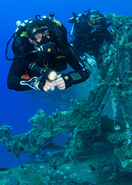 Poseidon rebreather divers wreck photo